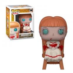 Annabelle en silla